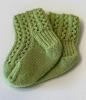 12 Adorable And Free Knitting Patterns For The Tender Feet Of