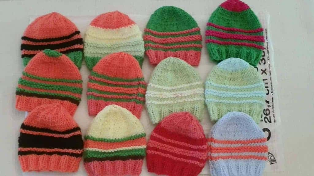 premature baby knitting charity - baby hats