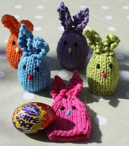 Huggie Bunnies - free bunny knitting pattern